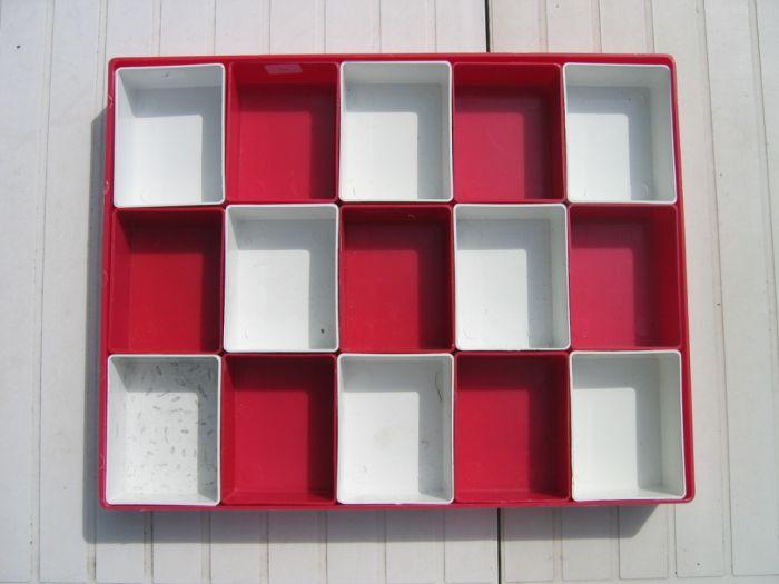 astuces conseils stockage des oeufs avant la couvaison au paradis des canaris. Black Bedroom Furniture Sets. Home Design Ideas
